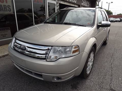 2009 Ford Taurus X for sale in Eastlake, OH