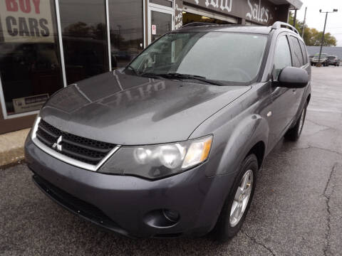 2007 Mitsubishi Outlander for sale at Arko Auto Sales in Eastlake OH