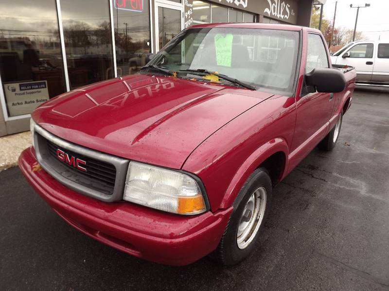 2002 GMC Sonoma 2dr Standard Cab SL 2WD SB - Eastlake OH