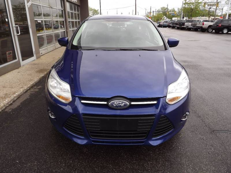 2012 Ford Focus SE 4dr Hatchback - Eastlake OH