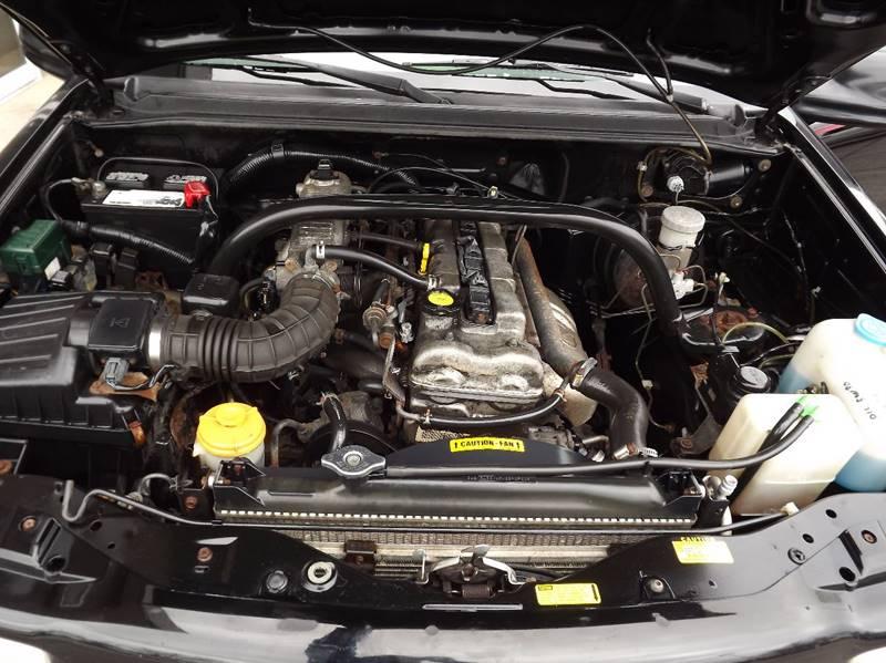 2001 Chevrolet Tracker 4WD 4dr SUV - Eastlake OH
