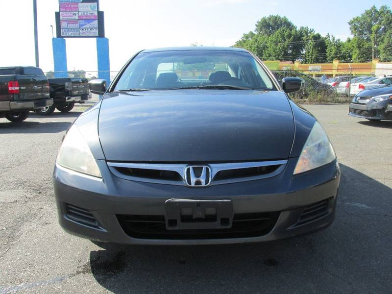 2006 Honda Accord EX V-6 4dr Sedan 5A w/Navi - Charlotte NC