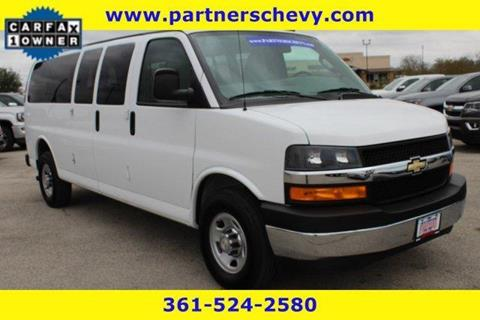 2018 Chevrolet Express Passenger for sale in Cuero, TX