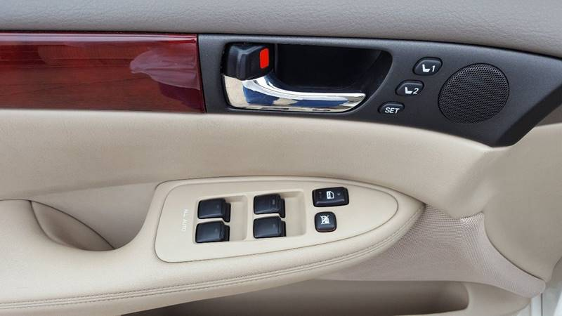 2003 Lexus ES 300 4dr Sedan - Stillwater MN