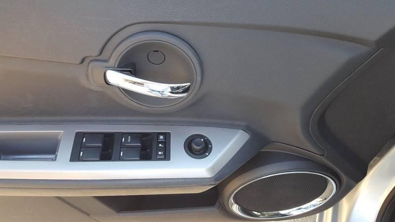 2009 Dodge Avenger SXT 4dr Sedan - Stillwater MN