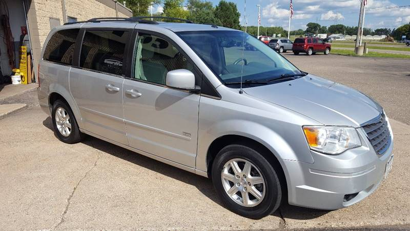 2008 Chrysler Town and Country Touring 4dr Mini-Van - Stillwater MN