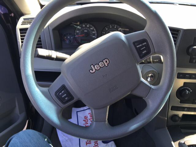 2006 Jeep Grand Cherokee Laredo 4dr SUV 4WD - Merced CA