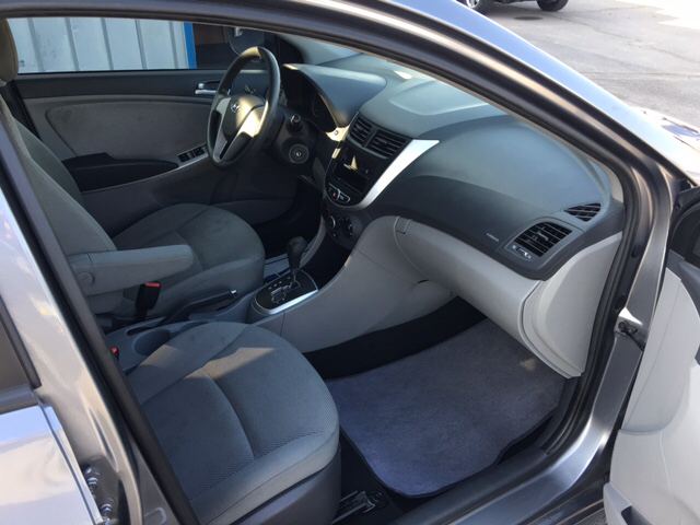 2014 Hyundai Accent GLS 4dr Sedan - Merced CA