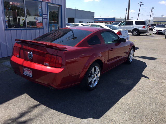 2006 Ford Mustang GT Deluxe 2dr Coupe - Merced CA