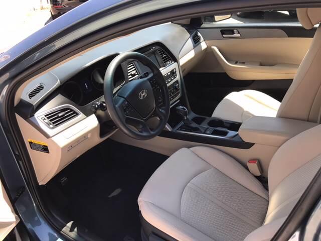 2016 Hyundai Sonata SE 4dr Sedan PZEV - San Diego CA