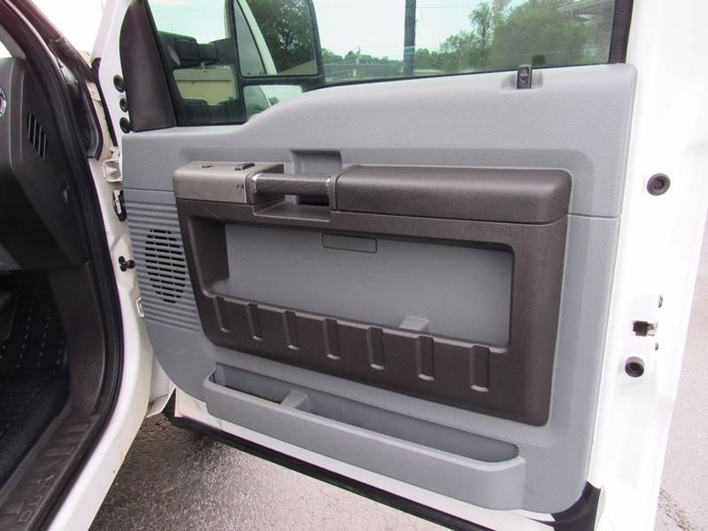 2011 Ford F-250 Super Duty for sale at D & J AUTO SALES in Joplin MO