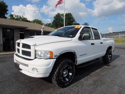 2005 Dodge Ram Pickup 1500 for sale at D & J AUTO SALES in Joplin MO