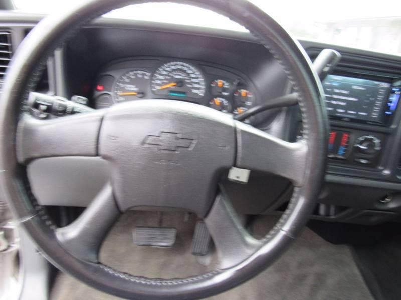 2005 Chevrolet Silverado 1500 for sale at D & J AUTO SALES in Joplin MO