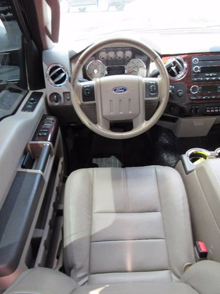 2009 Ford F-250 Super Duty for sale at D & J AUTO SALES in Joplin MO