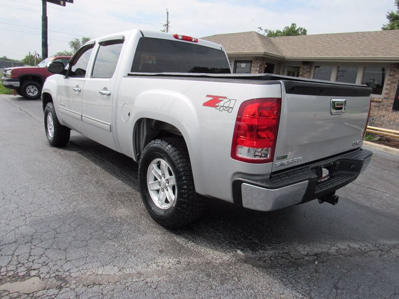 2011 GMC Sierra 1500 for sale at D & J AUTO SALES in Joplin MO
