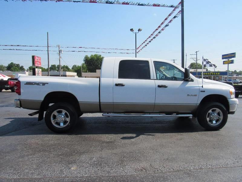2008 Dodge Ram Pickup 1500 for sale at D & J AUTO SALES in Joplin MO