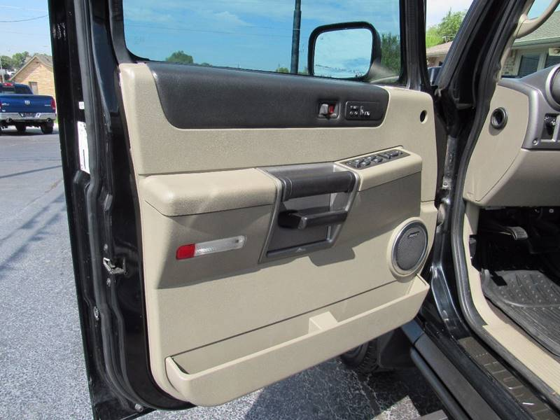 2003 HUMMER H2 for sale at D & J AUTO SALES in Joplin MO