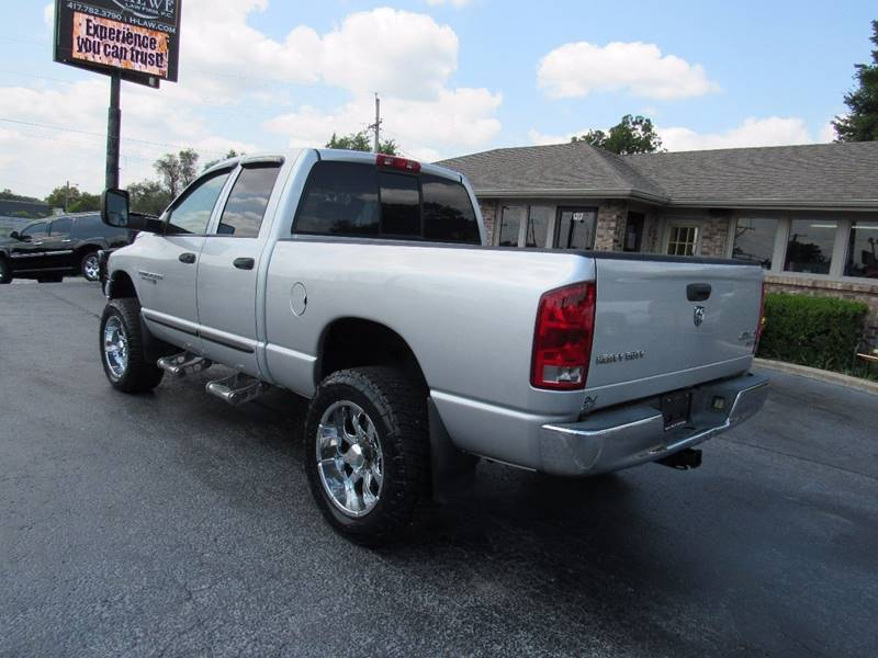 2005 Dodge Ram Pickup 2500 for sale at D & J AUTO SALES in Joplin MO