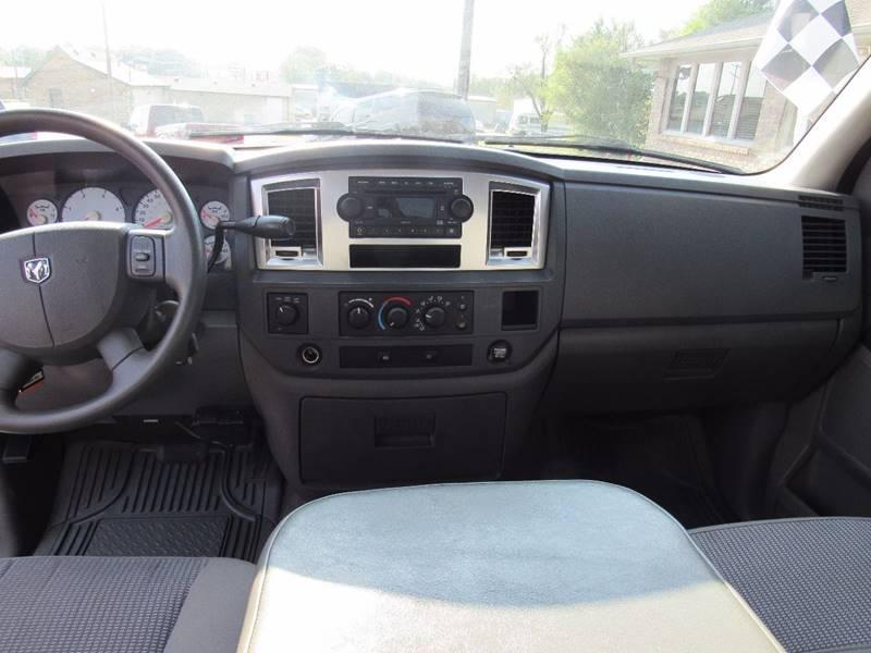 2008 Dodge Ram Pickup 2500 for sale at D & J AUTO SALES in Joplin MO