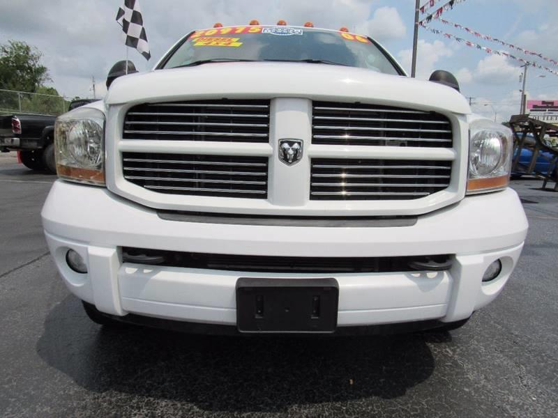 2006 Dodge Ram Pickup 3500 for sale at D & J AUTO SALES in Joplin MO