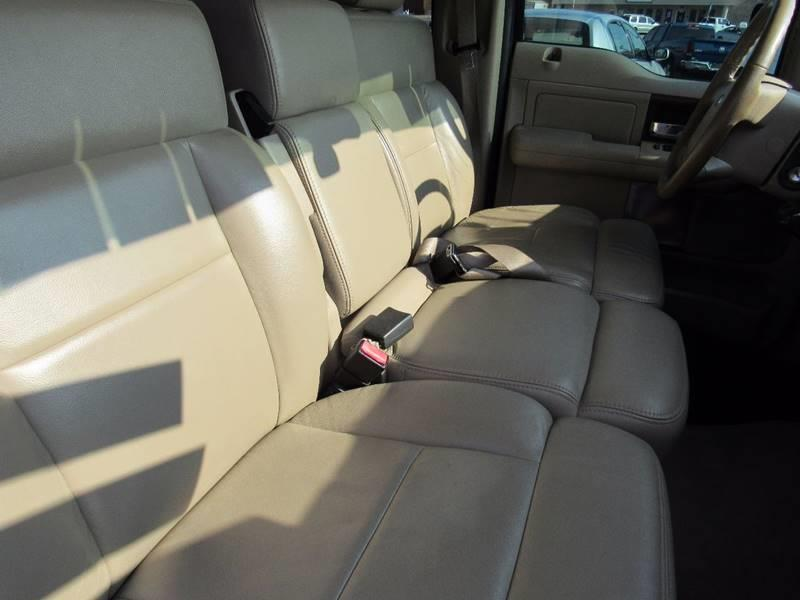 2005 Ford F-150 for sale at D & J AUTO SALES in Joplin MO