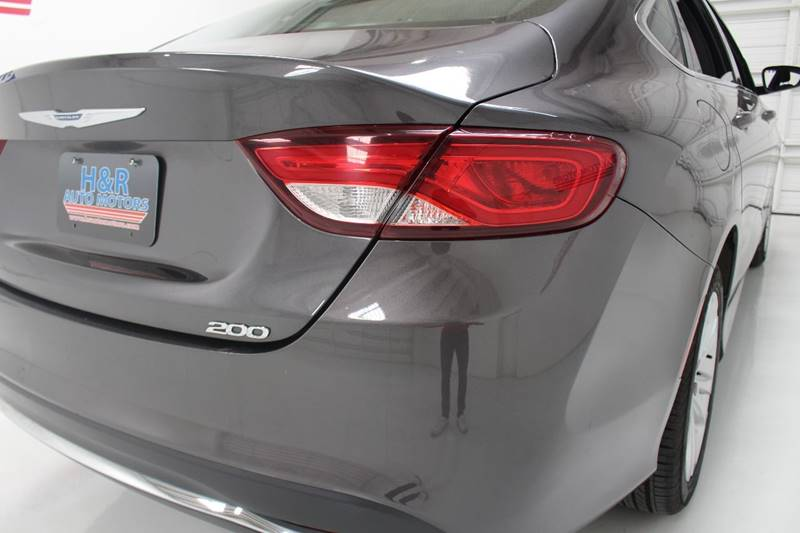 2015 Chrysler 200 Limited 4dr Sedan - San Antonio TX