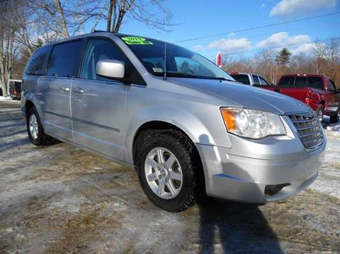 Chrysler town and country for sale in new hampshire for Lewis motor sales brentwood nh