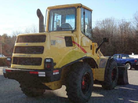 2005 New Holland LW110B