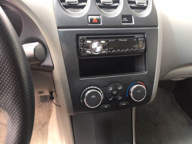 2010 Nissan Altima 2.5 4dr Sedan - Columbus NE