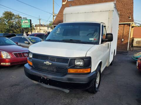 2011 Chevrolet Express Cutaway for sale at Kar Connection in Little Ferry NJ