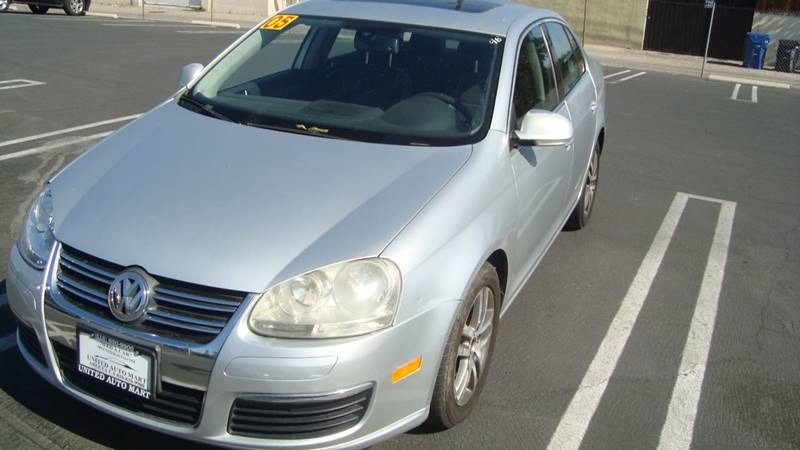 2005 Volkswagen Jetta 2.5 PZEV New