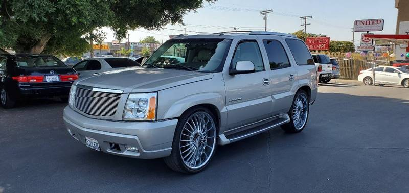 2004 Cadillac Escalade Base AWD