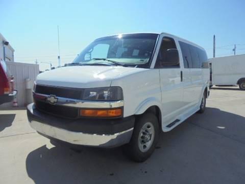 2008 Chevrolet Express Passenger for sale in Raytown, MO