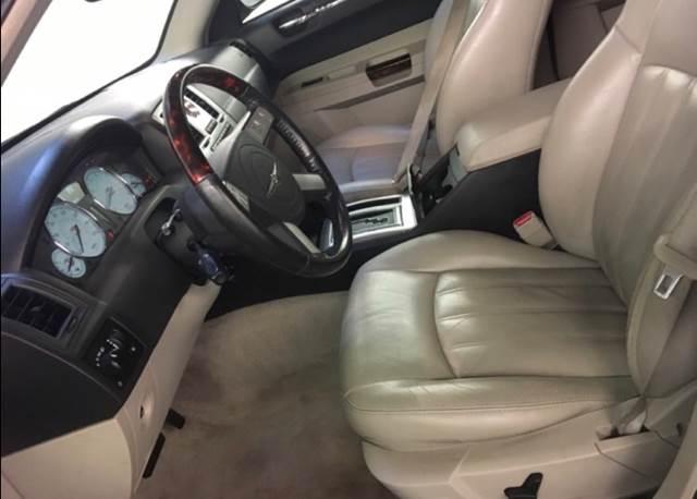 2005 Chrysler 300 C 4dr Sedan - Gloucester MA