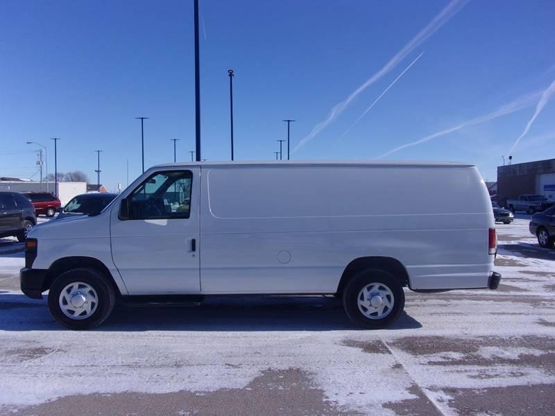 Ford E-Series Cargo 2010 E 150 3dr Extended Cargo Van