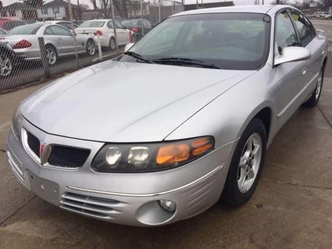 2000 Pontiac Bonneville for sale in Detroit, MI