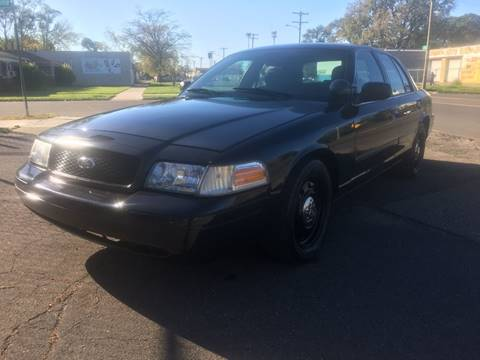2009 Ford Crown Victoria for sale in Detroit, MI