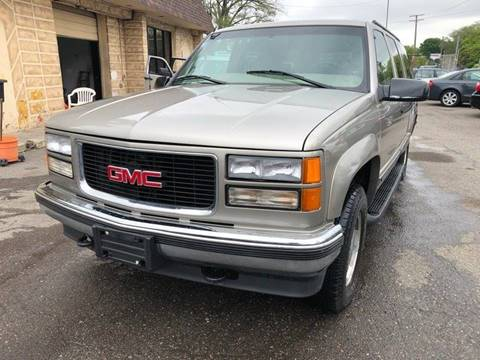1999 GMC Suburban for sale in Detroit, MI