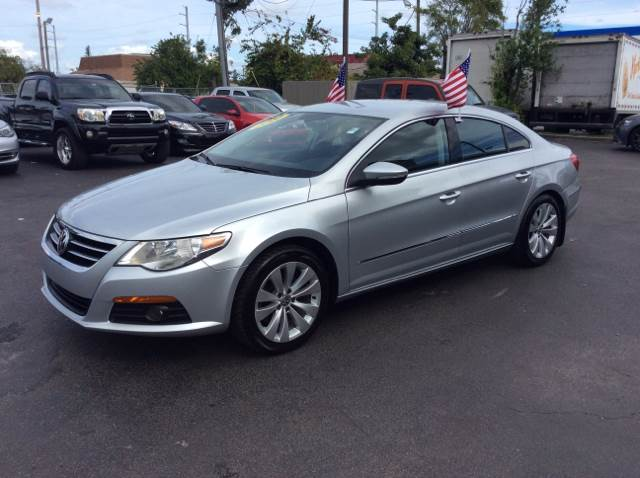 2010 VOLKSWAGEN CC SPORT silver executive motors is a family owned and operated dealership that p