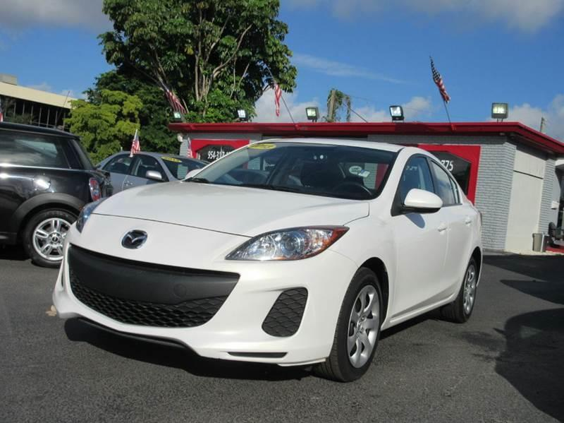 2013 MAZDA MAZDA3 I SPORT 4DR SEDAN 6A off white looking for a first car or maybe a car for your