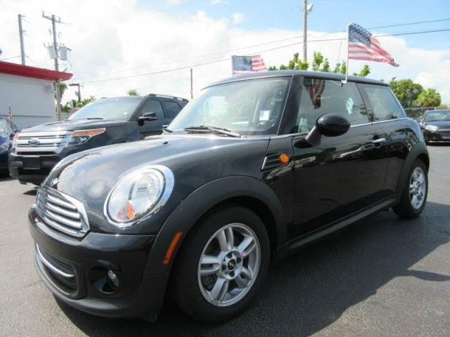 2012 MINI COOPER HARDTOP BASE 2DR HATCHBACK unspecified all our cars and trucks are doubled check