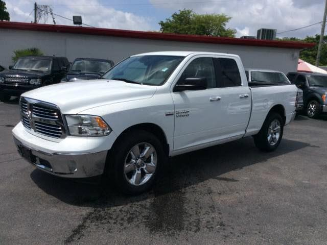 2015 RAM RAM PICKUP 1500 BIG HORN 4X2 4DR QUAD CAB 63 FT white all our cars and trucks are doubl