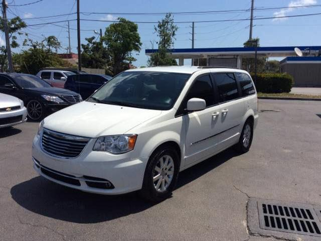 2013 CHRYSLER TOWN AND COUNTRY TOURING cream executive motors is a family owned and operated deal
