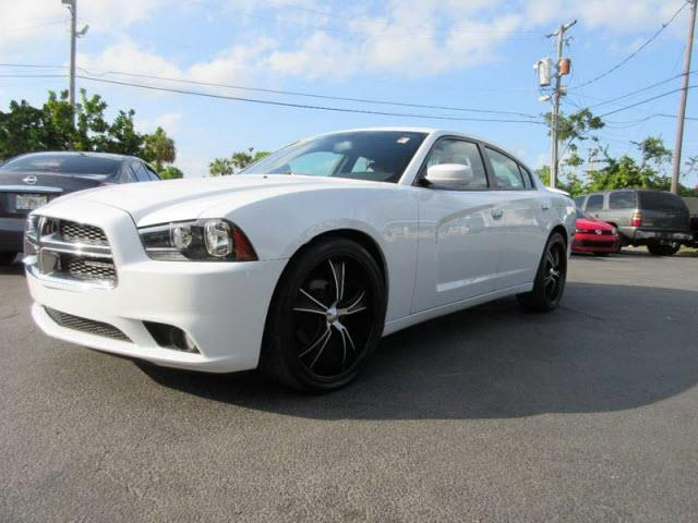 2013 DODGE CHARGER SXT PLUS 4DR SEDAN white all our cars and trucks are doubled checked for you t