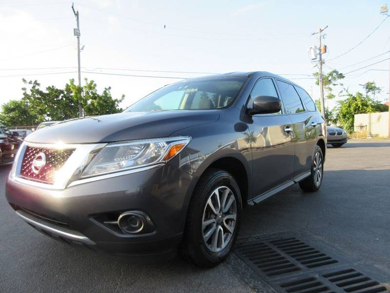 2013 NISSAN PATHFINDER S 4DR SUV pewter executive motors is a family owned and operated dealershi