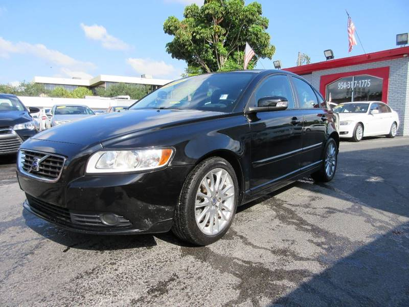 2010 VOLVO S40 24I 4DR SEDAN black executive motors is a family owned and operated dealership th
