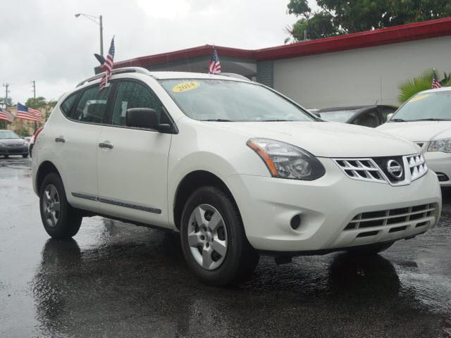 2014 NISSAN ROGUE SELECT S 4DR CROSSOVER white all our cars and trucks are doubled checked for yo