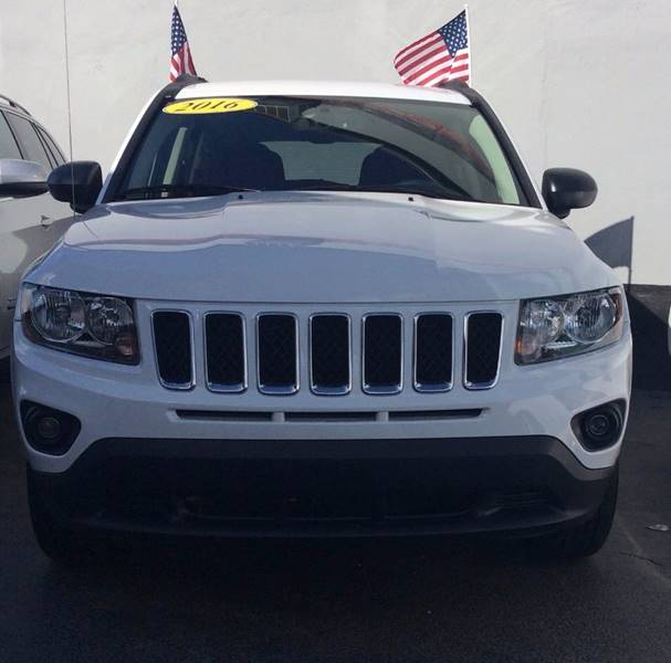 2016 JEEP COMPASS SPORT 4DR SUV white this beautiful 2016 jeep compass is an absolute steal with