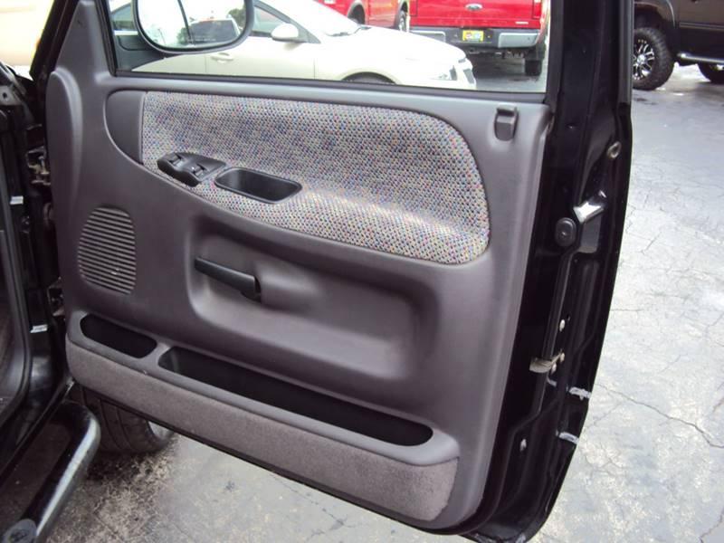 1999 Dodge Ram Pickup 1500 2dr Laramie SLT 4WD Standard Cab SB - Clinton Twp MI