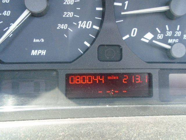 2002 bmw 325i mpg
